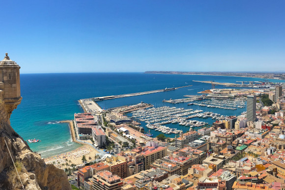 The stunning Alicante coast with Castillo de Santa Bárbara sitting atop of the city