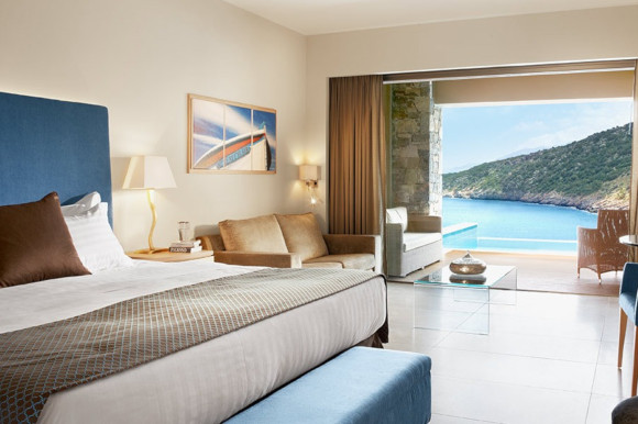 Modern Deluxe Junior Rooms with swim-up pools at Daios Cove hotel in Greece