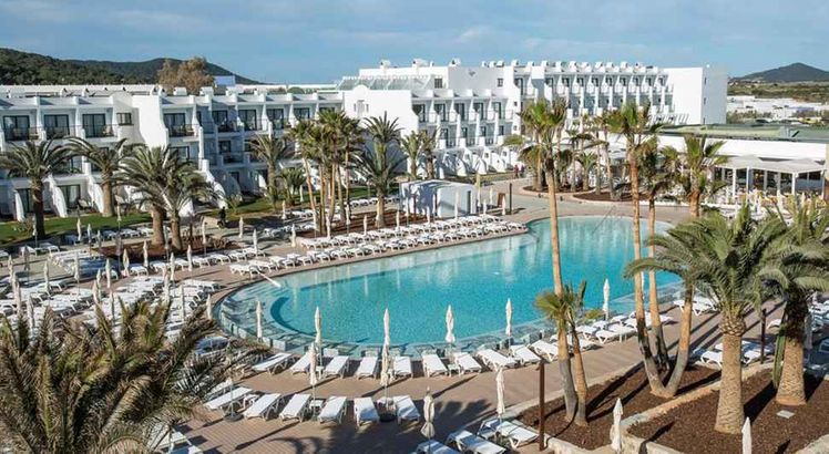 Grand Palladium White Island Ibiza Holidays To Balearic Islands Broadway Travel