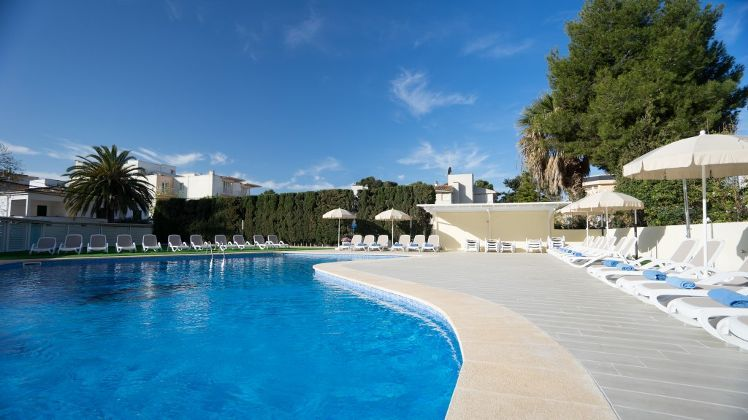 THB Maria Isabel Hotel Mallorca | Holidays to Balearic ...