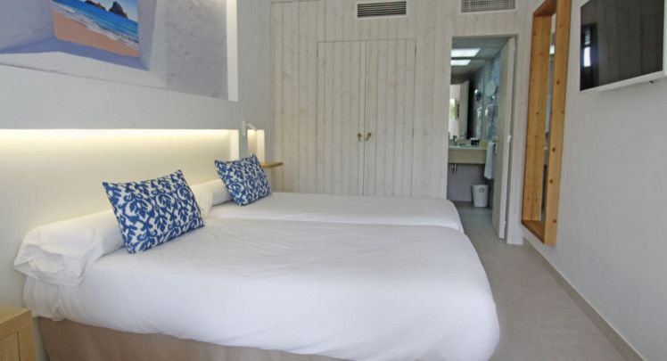 Portinatx Beach Club Hotel Ibiza Holidays To Balearic Islands