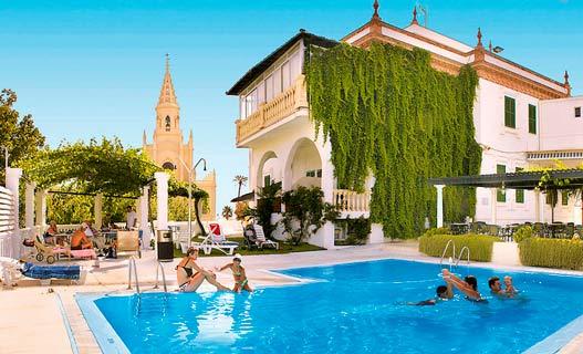 Al Sur De Chipiona Jerez La Frontera Holidays To Mainland Spain Broadway Travel