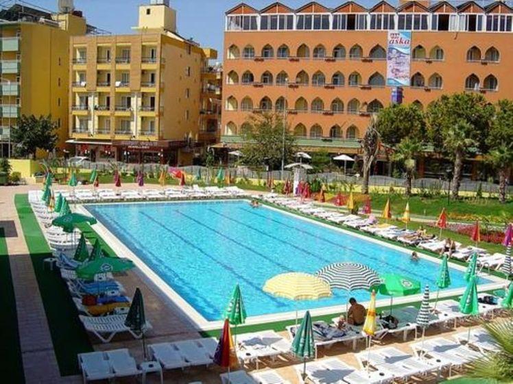 Aslan Kleopatra Beste Hotel Antalya Holidays To Turkey