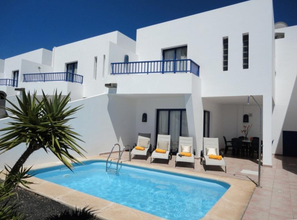 Sandos Papagayo Beach Resort Lanzarote Holidays
