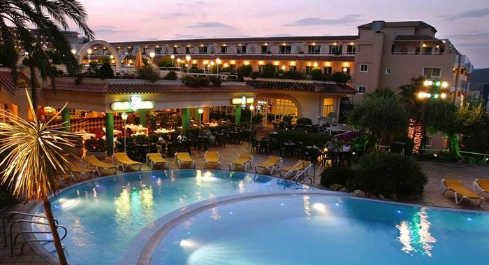Guitart Gold Central Park Aqua Resort Hotel Costa Brava Holidays To Mainland Spain Broadway Travel